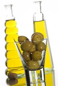 http://kosmaser.files.wordpress.com/2010/03/olive-oil.jpg?w=202