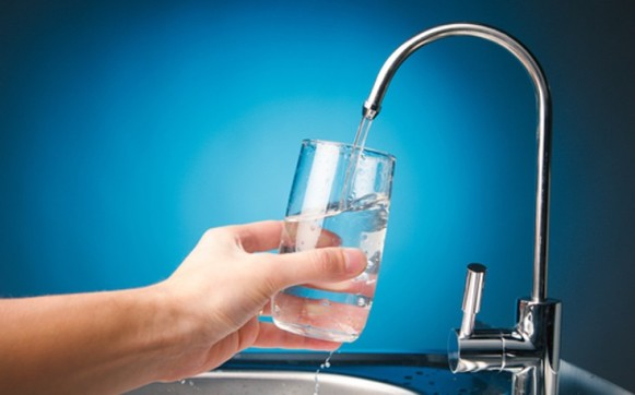 Αποτέλεσμα εικόνας για φιλτραρισμένο..( κι όχι εμφιαλωμένο) νερό.